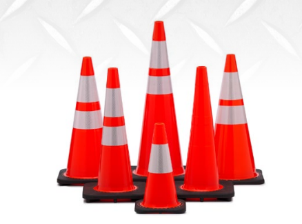 Diamond M DM-TC20328 Traffic Safety Cone,4 in and 6 inReflective Collars, 18 in H, Orange Cone, Black Base