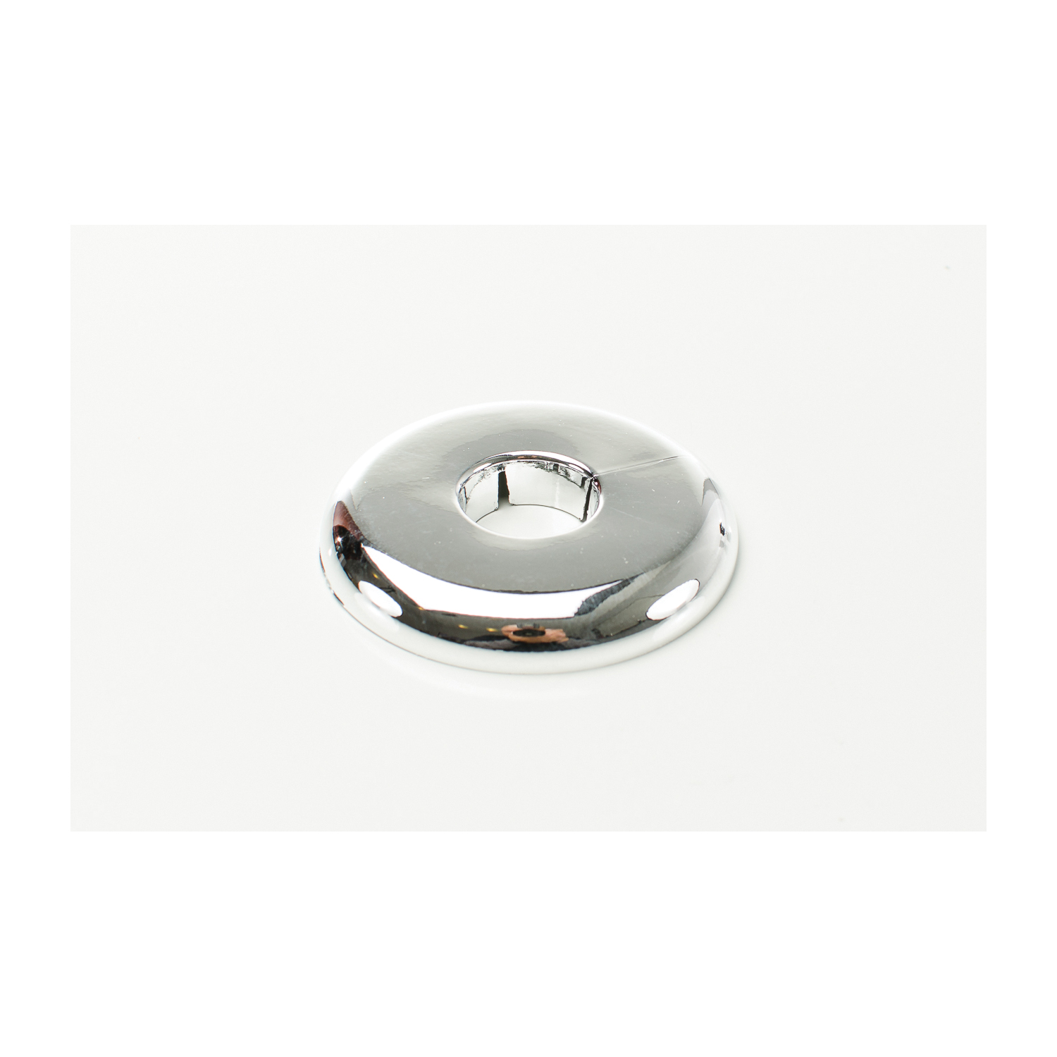 PASCO 2874 Split-One Floor and Ceiling Plate, 3/4 in CWT Thread, Plastic, Polished Chrome